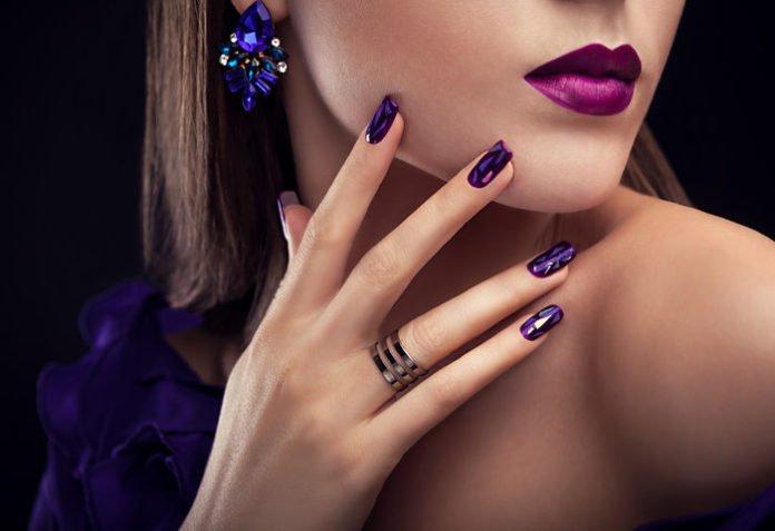 Маникюр леди из высшего общества: самые изысканные идеи дизайна ногтей (фото) - today.ua