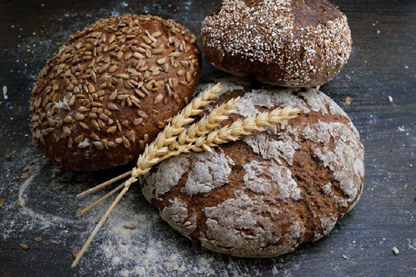 Самый полезный хлеб для похудения: диетологи назвали 7 видов мучных изделий