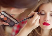 Омолоджуючий макіяж: як освіжити обличчя за допомогою простих прийомів - today.ua