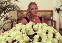 """""""Лицар з білими трояндами"""": Волочкова провела День закоханих у несподіваній чоловічій компанії - today.ua"""