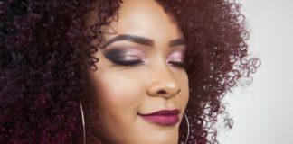 Секрети макіяжу для дівчат: як правильно підібрати помаду під колір волосся - today.ua