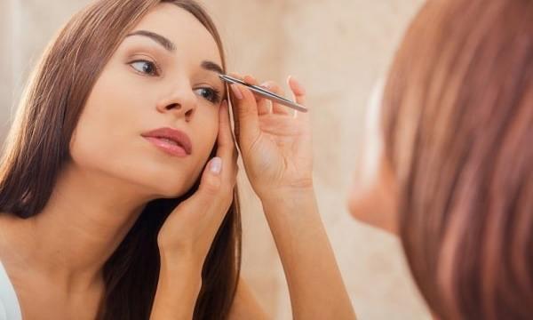 ТОП-3 головних помилок в макіяжі брів