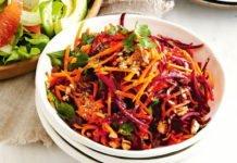 Сезонний салат для схуднення з буряка і капусти: рецепт від дієтолога - today.ua