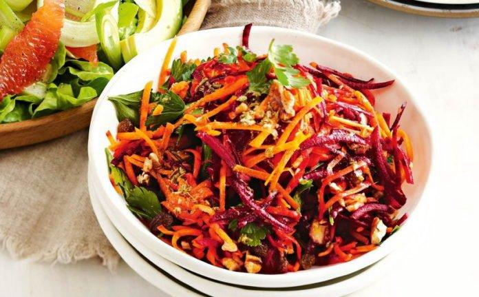 Сезонный салат для похудения из свеклы и капусты: рецепт от диетолога - today.ua
