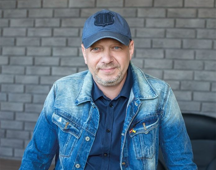 """Режисер &quotСватів"""" зробив важливу заяву, сліз не стримати: &quotТреба завершити гідно"""" - today.ua"""