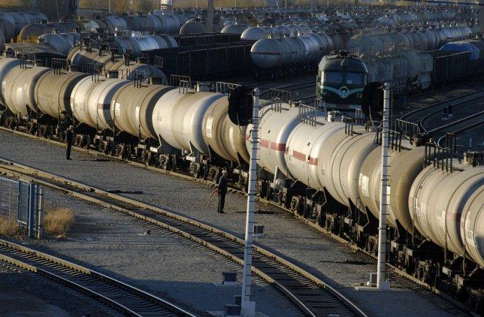 Паливо на українських АЗС може подорожчати на 25%