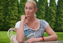 Домарботница Волочковой застала балерину врасплох вместе со своим мужем - today.ua
