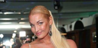 """Волочкова непогано розслабилася в лазні з жінкою: """"Як початок порнухи з 90-х"""" - today.ua"""