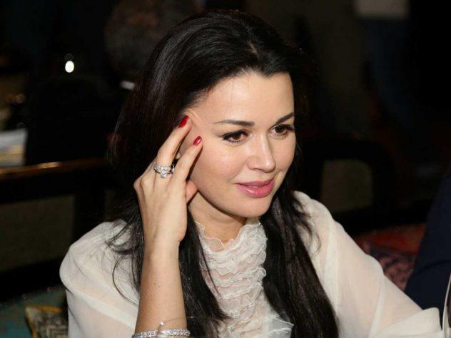 Модель Playboy порадила Заворотнюк не сподіватися на допомогу лікарів - today.ua