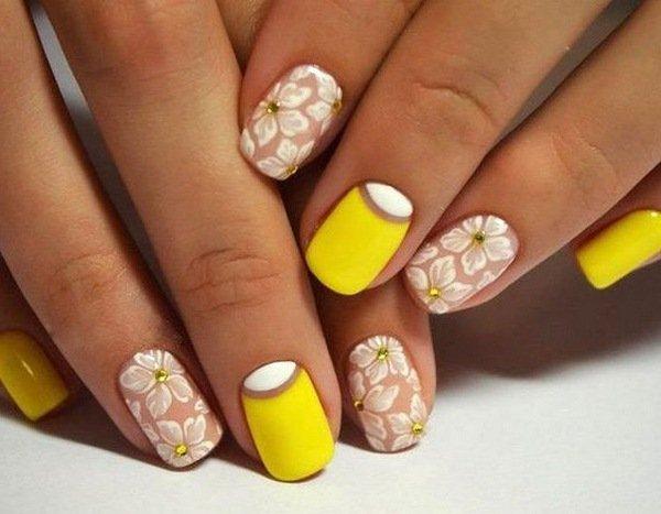 Весняний манікюр на короткі нігті: головні тренди модного покриття і декору (фото)