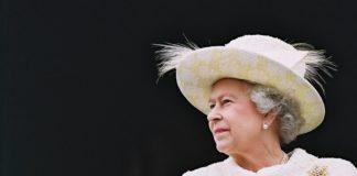 Елизавета II срочно сменила место жительства: коронавирус выявлен в Букингемском дворце - today.ua