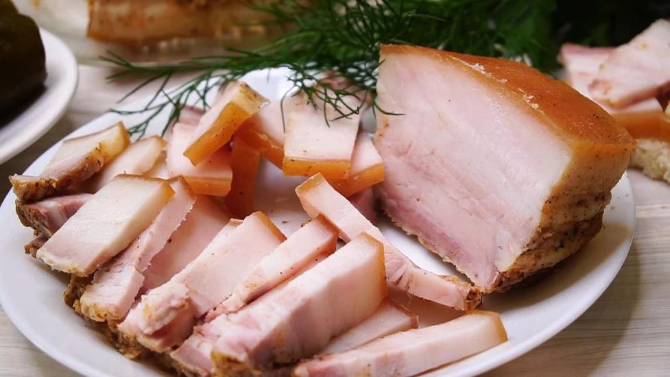 Сало на пару в мультиварці: рецепт оригінальної і ніжної закуски - today.ua