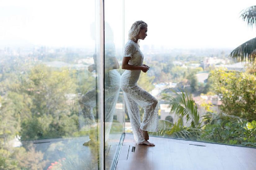 Запах жінки: зберегти аромат свіжості на весь день допоможуть 4 модні хитрощі