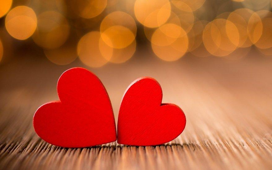 Щасливчики за гороскопом: які знаки Зодіаку зустрінуть своє кохання навесні 2020
