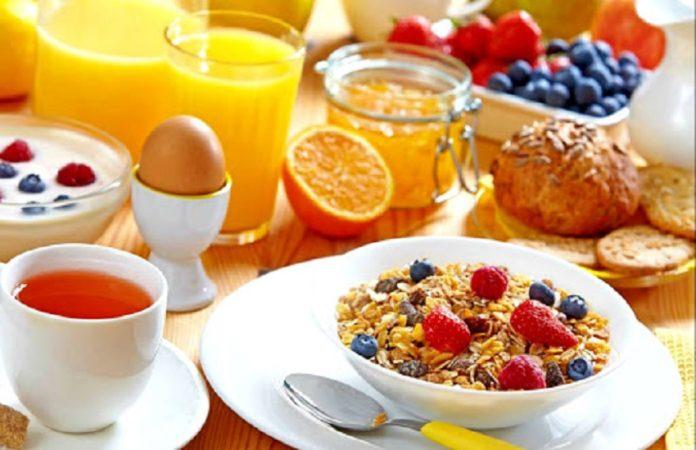Завтрак для иммунитета: 5 продуктов, которые полезно есть натощак - today.ua