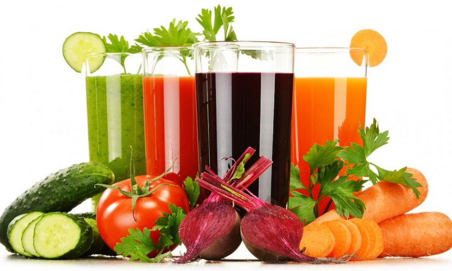 Незаменимы для диабетиков: 3 напитка, которые понижают уровень сахара в крови