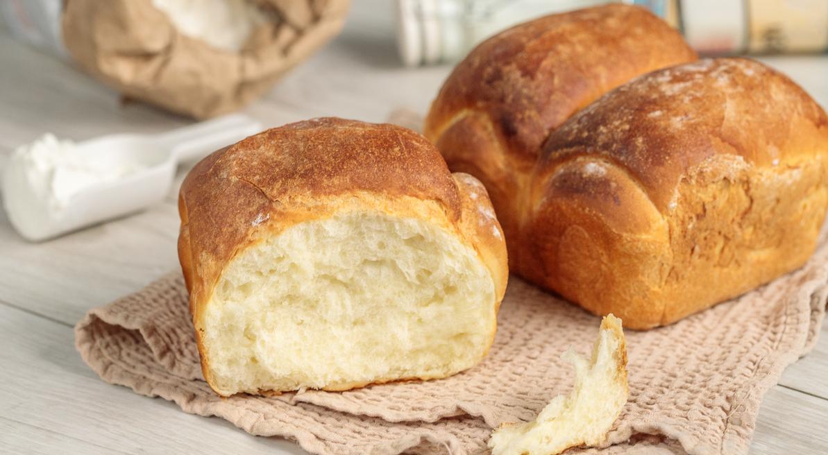 Домашній хліб в духовці: простий рецепт смачної і ароматної випічки до обіду - today.ua