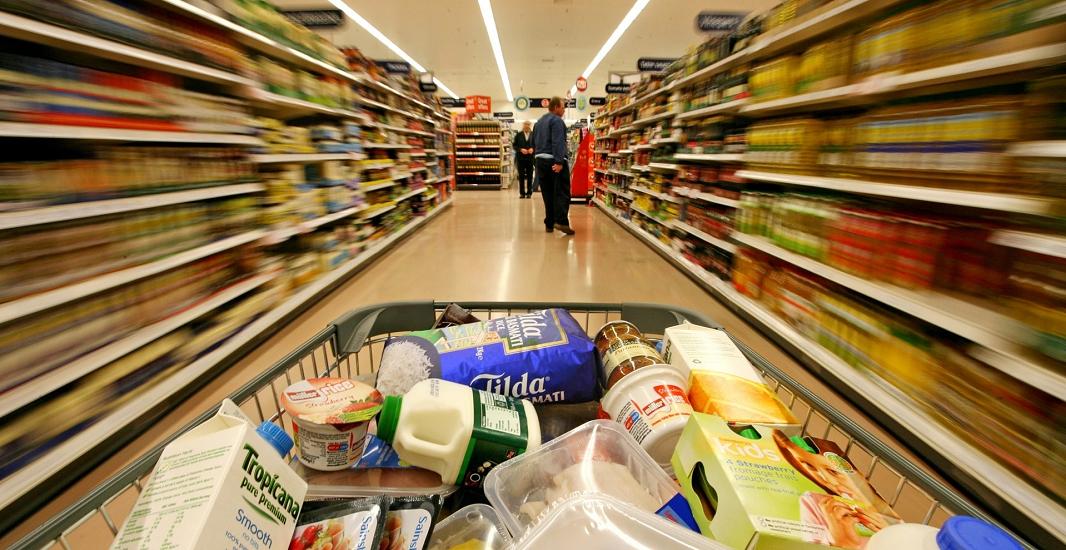 Самые опасные продукты на столах украинцев: какая еда вызывает болезни у всей нации