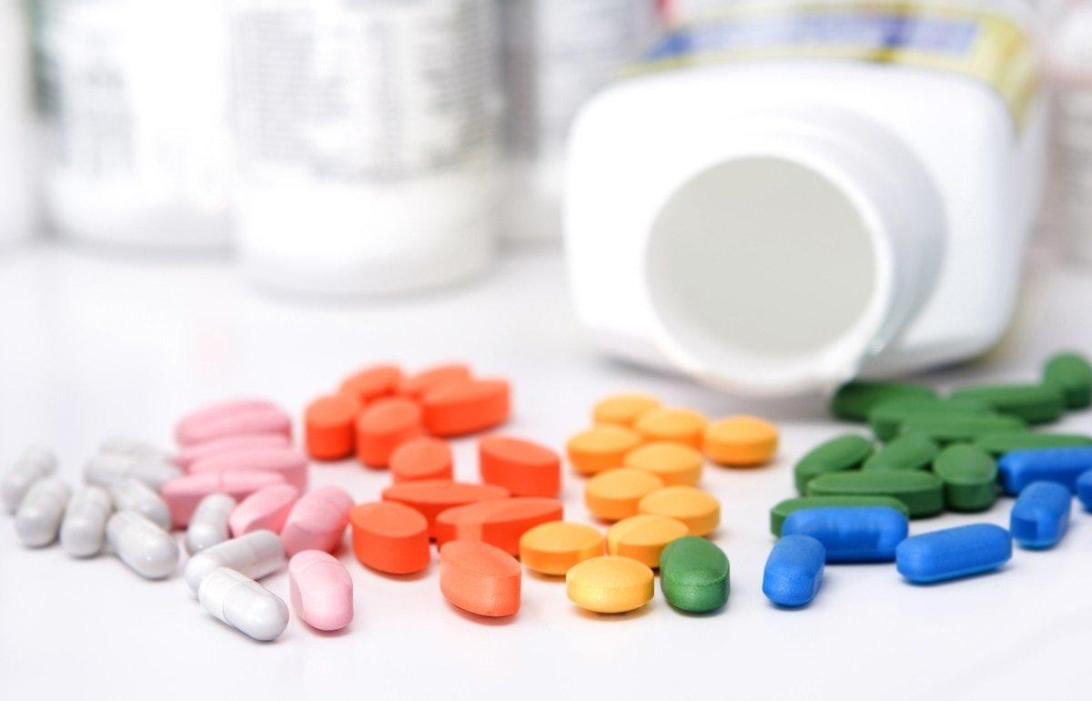 Названо вітамін, який врятує від коронавіруса людей з групи ризику - today.ua