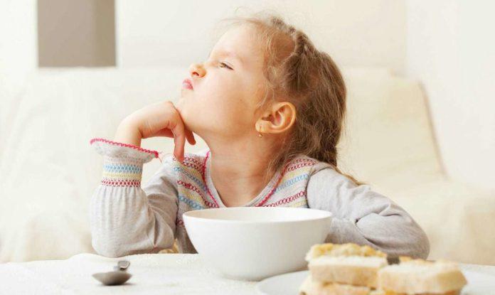 Не можна давати дітям: які продукти слід виключити з раціону малечі - today.ua
