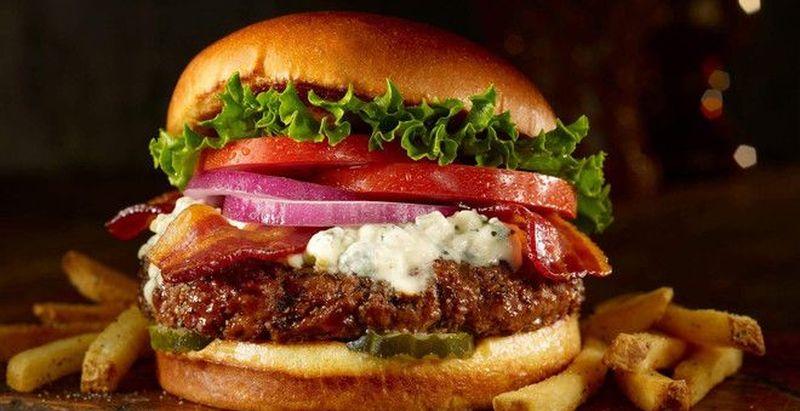Простий рецепт домашнього гамбургера з яловичиною: секрети приготування  - today.ua