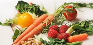 Морковь, чеснок и перец: какие продукты укрепят иммунитет во время коронавируса - today.ua