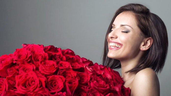 Лучшие поздравления с 8 марта: что пожелать жене, маме, бабушке, сестре - today.ua