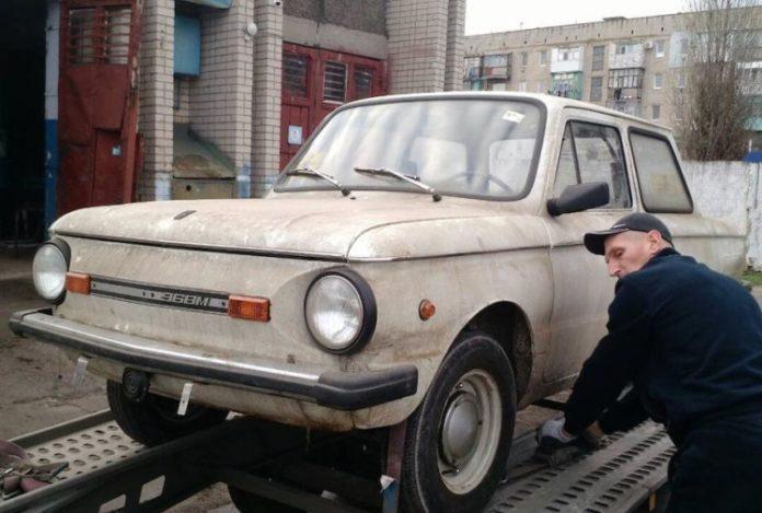 "&quotКапсула времени"": Найден 30-летний &quotЗапорожец"" в заводской смазке - today.ua"