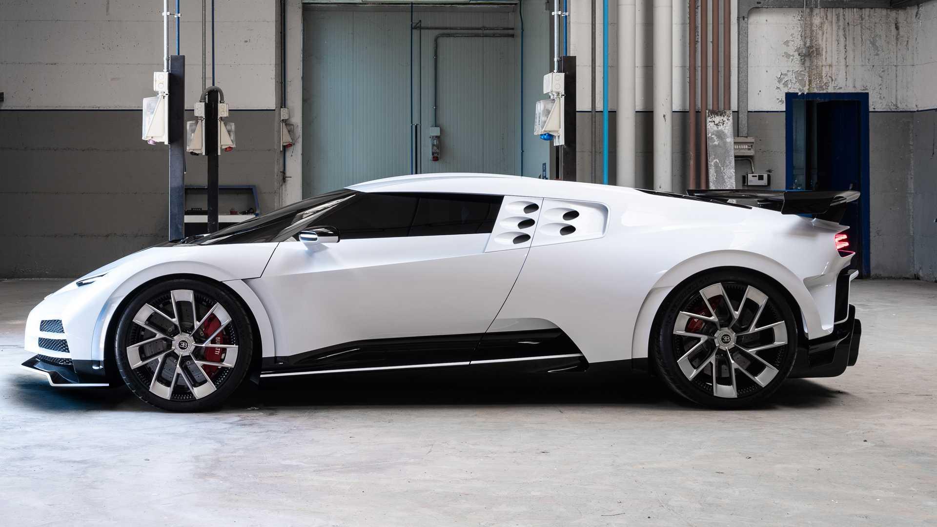 Кріштіану Роналду купив Bugatti Centodieci  - today.ua
