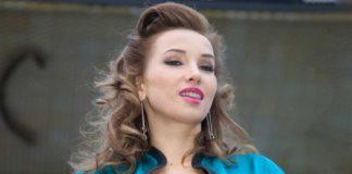 Незаміжня Анфіса Чехова поділилася прийомами безпечного сексу в епоху коронавірусу - today.ua