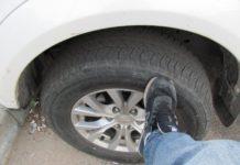 Навіщо водії стукають ногами по колесах перед тим, як вирушити в дорогу - today.ua