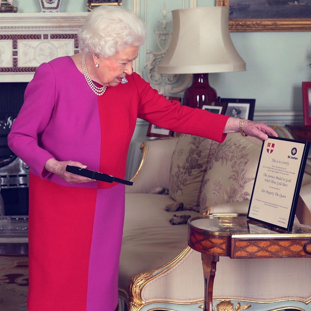 Вирішальний момент: стало відомо, коли Єлизавета II передасть королівський трон наступникові