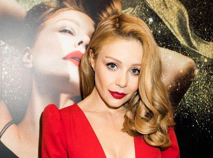 """Тіна Кароль показала """"стриптиз-шоу"""": співачка зовсім втратила сором - today.ua"""