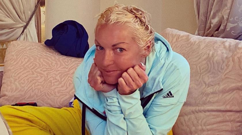 Волочкова приховує своє тяжке становище: немає грошей навіть на перукаря