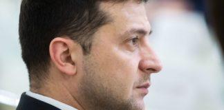 Коронавірус дібрався до України: стало відомо, як Зеленського захищають від небезпечної хвороби - today.ua