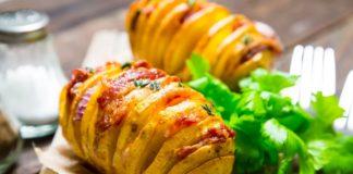 Картопля в часниковій олії: простий рецепт пікантної страви нашвидкуруч - today.ua