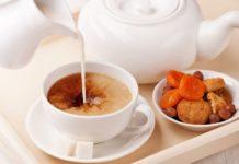 Небезпечно для здоров'я: чому в чай не можна додавати молоко - today.ua