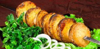 Картопля запечена в духовці: три оригінальних рецепта - today.ua