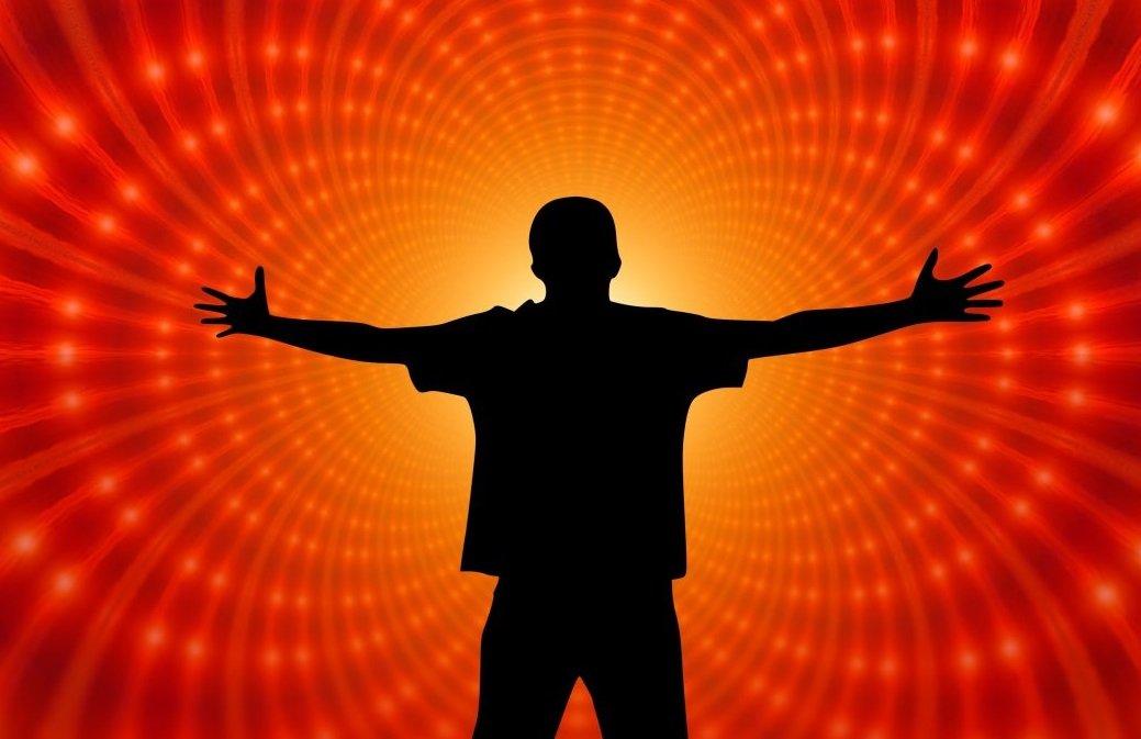 Павло Глоба назвав 4 знака Зодіаку, яких чекає тріумфальний успіх наприкінці квітня