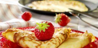 """Мереживні млинці на кефірі: простий рецепт сніданку з різними добавками"""" - today.ua"""