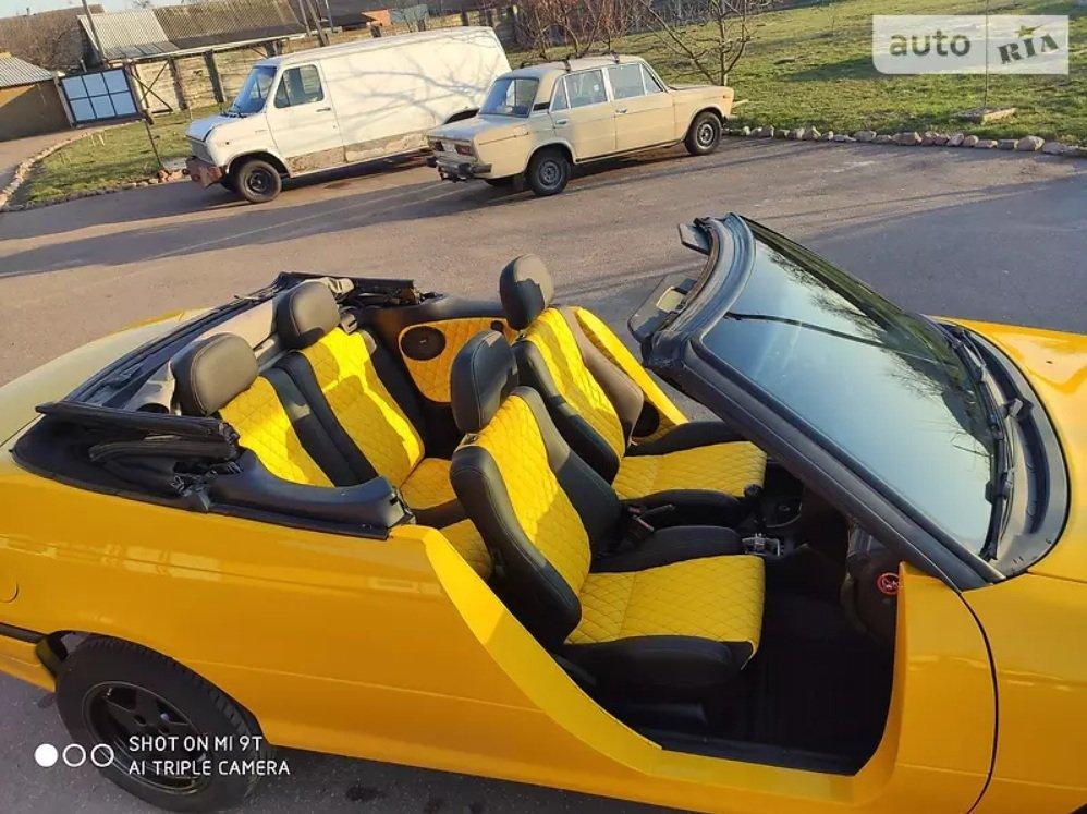 Українець переробив Opel Astra в кабріолет без дверей