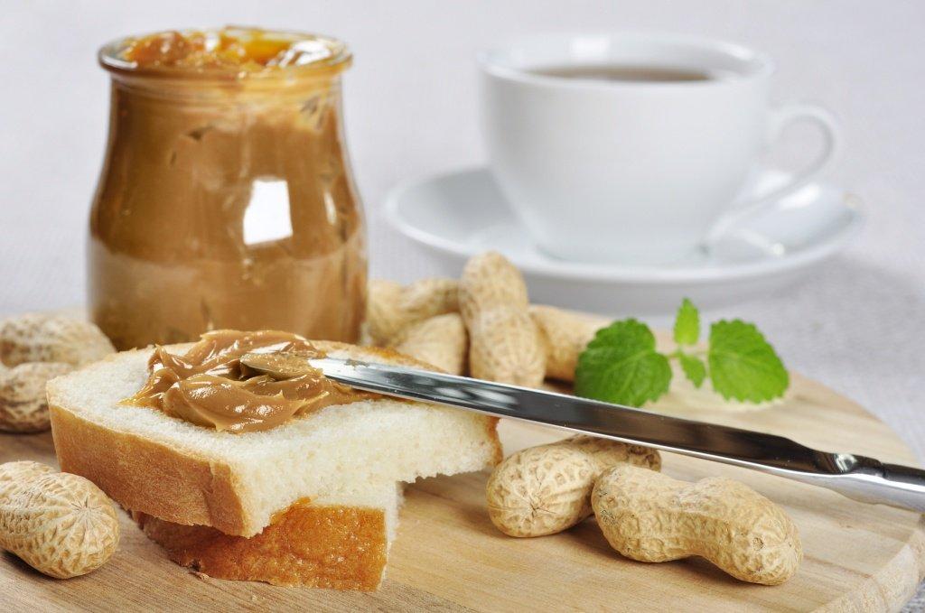 Арахісова паста в домашніх умовах: як приготувати десерт, від якого не можна відірватися - today.ua
