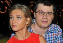 """Асмус и Харламов больше не вместе: коронавирус оказался хуже """"Текста"""" - today.ua"""