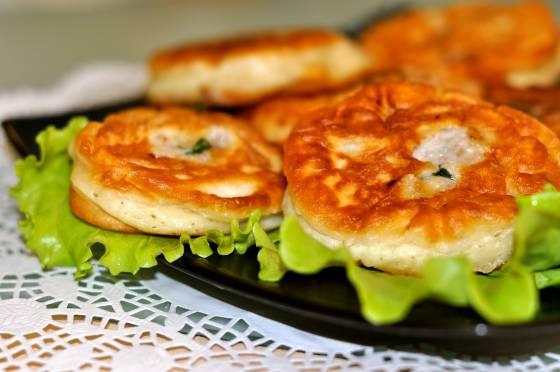 Ліниві біляші для вашої родини: готуються і з'їдаються швидко - today.ua