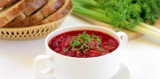 Борщ не скиснет в течение недели: какой ингредиент сохранит блюдо свежим - today.ua
