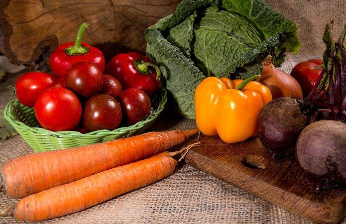 Как сделать борщ насыщенно-красным без томатной пасты: раскрыто главный секрет