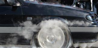 """Почему щадящий стиль езды вреден для двигателя """" - today.ua"""