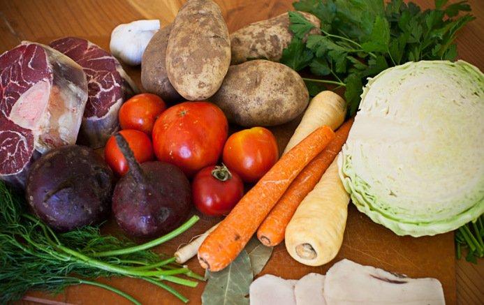 Борщ получится вкуснее, если добавить один ингредиент: о чем не знают многие хозяйки