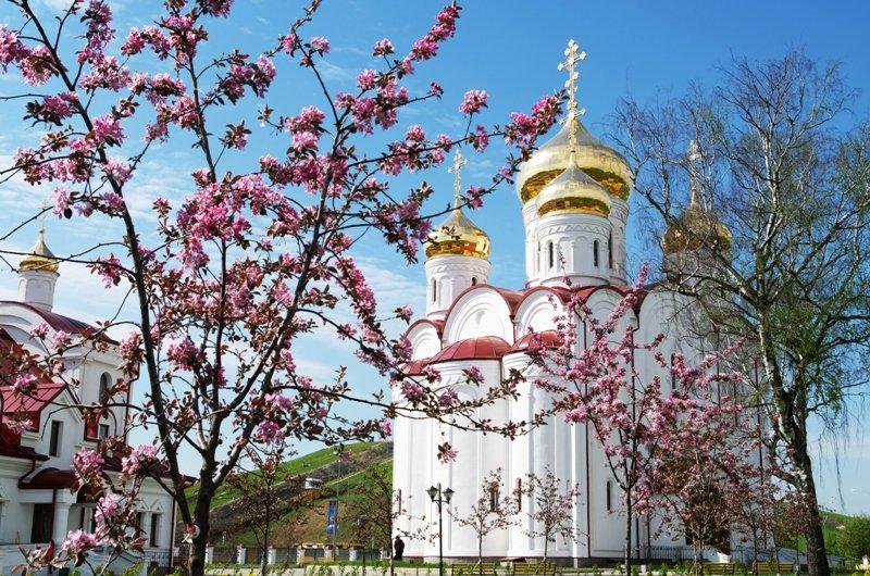 8 квітня: що принесе день Гавриїла Благовіста і яких традицій дотримуватися - today.ua
