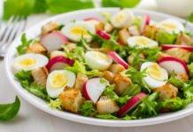 Витаминный салат из редиса и зелени: простой и вкусный рецепт сезонного блюда - today.ua
